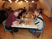Martin Kruse (rechts) in der ersten Runde gegen Uli Weber